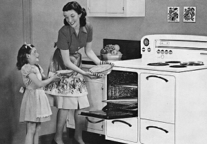 mother-and-daughter-1950s(1)