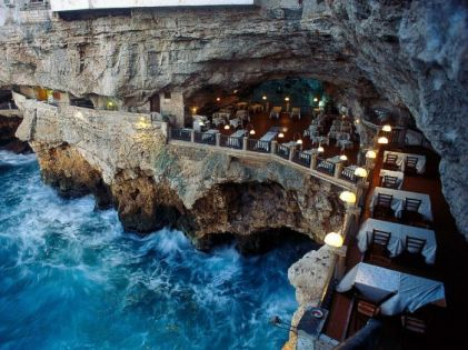 wanderlusting restaurant