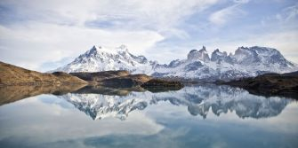 Lake-Pehoe-and-snowy-mountains-Torres-del-Paine-National-Park-Chile1