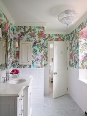 wallpaper-bathroom
